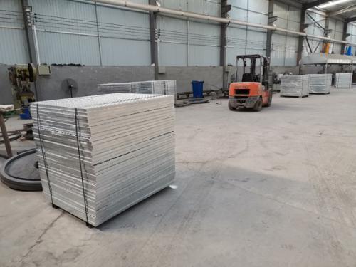 港润镀锌钢格板厂房实拍