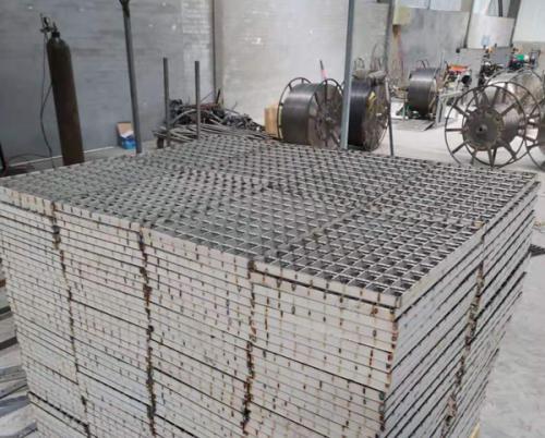 热镀锌钢格板厂房实拍