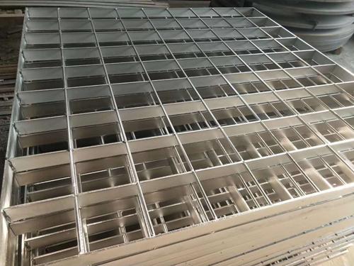 不锈钢钢格网
